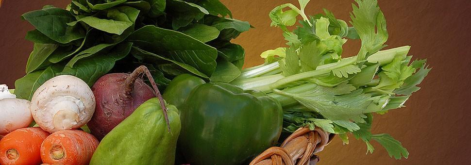 Яжте сурови плодове и зеленчуциВеществата, които се съдържат в тях нормализират обменните процеси и укрепват имунитета!